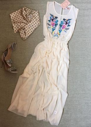 Милое нежное платье макси