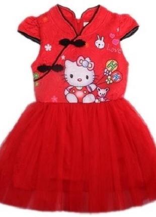 Платье с китти
