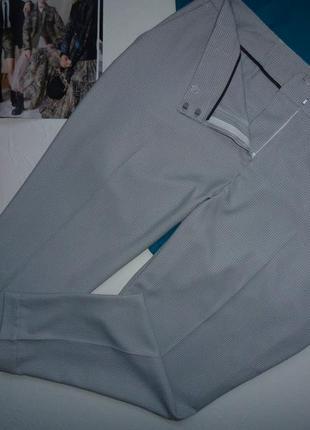 Нарядные, стильные брюки