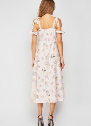 Нежное платье в цветочный принт большого размера