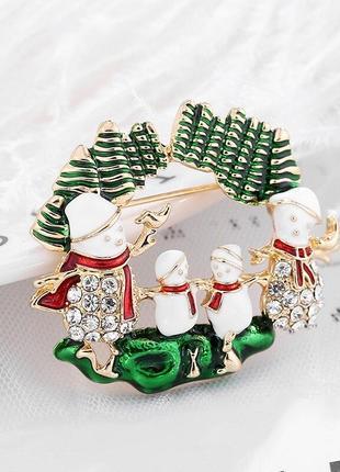 Новогодняя брошь заколка булавка на одежду семейство снеговиков
