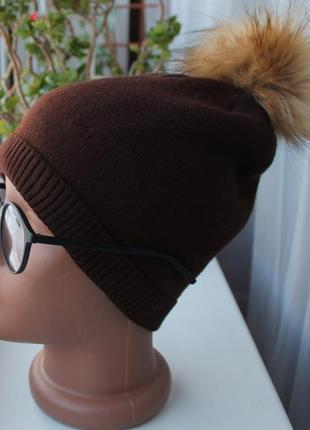 Новая шапка (полный флис) с помпоном, коричневая