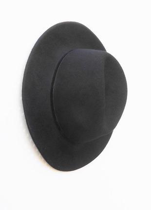Черная шерстяная фетровая классическая шляпа с широкими полями