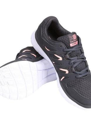 Классные кроссовки р.37