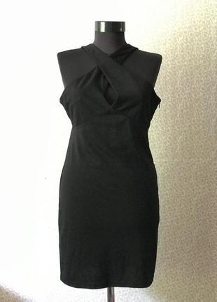 Красивейшее платье с переплетом на груди