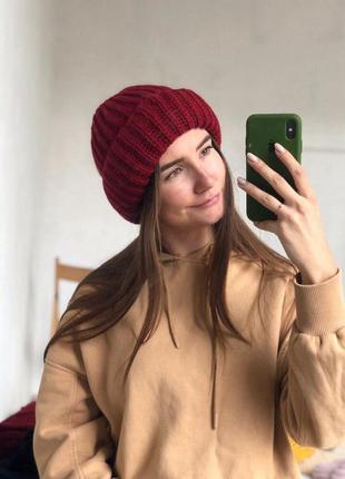 Ноновая стильнавая стильная объемная шапка цвет бордовый