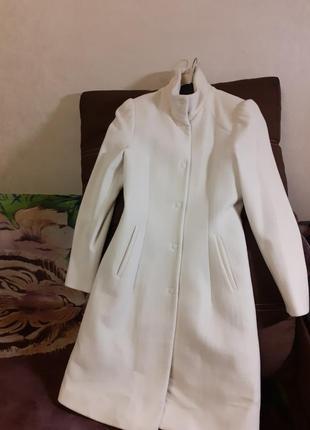 Пальто guess 36