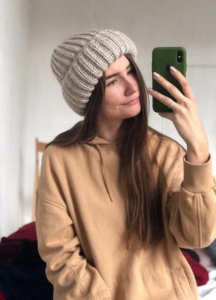 Новая стильная объемная шапка цвет бежевый