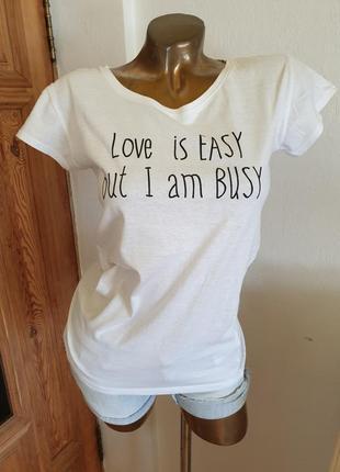 Новая качественная футболка с классной надписью