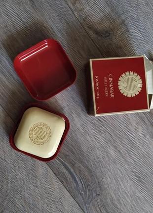 Cinnabar estee lauder, оригинал, винтаж,парфюмированное мыло 100 г