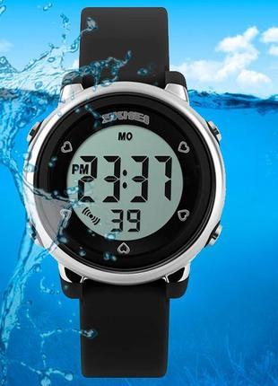 Детские водонепроницаемые часы skmei 1100