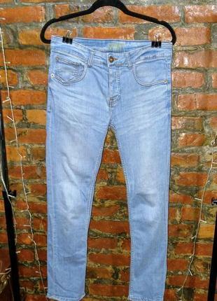 Стильные джинсы скинни denim co