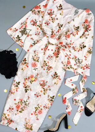 Идеальное цветочное жаккардовое платье миди