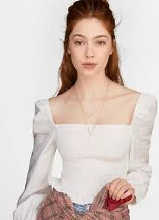 Блуза с отделкой, квадратным вырезом и сборкой