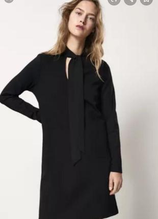 Черное платье из плотной ткани от massimo dutti