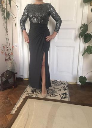 Благородное вечернее платье
