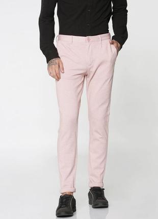 Брюки бледно розовые зауженные с косыми карманами jack & jones