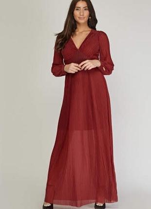 Плиссированное платье в пол макси