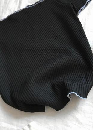 Стильный чёрный топ со спущенными плечами от primark