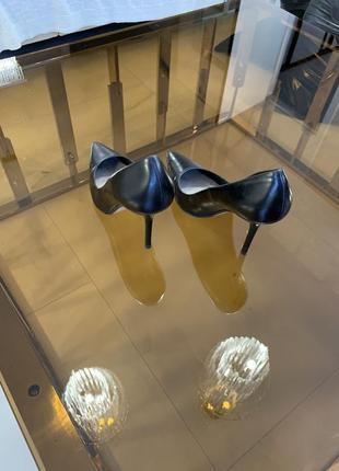 Элегантные туфли zara