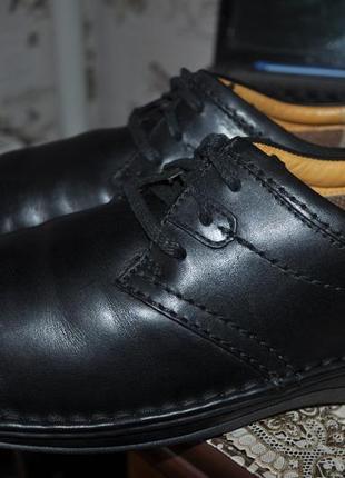 Крутые туфли- полуботинки демисезонные clarks c&j оригинал вьетнам