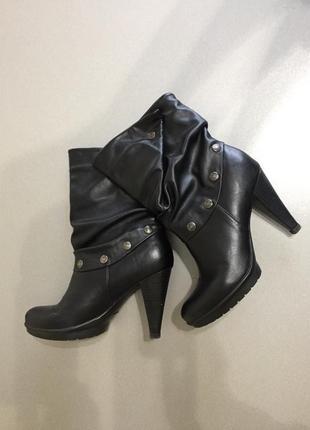 Carnaby. ботиночки демисезонные р. 37-38