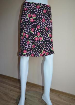 Яркая юбка moschino