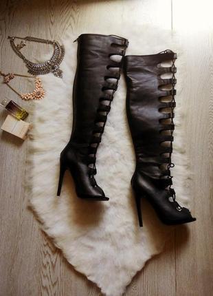 Черные высокие деми сапоги на шпильке ботфорты с открытым носком и шнуровке каблук