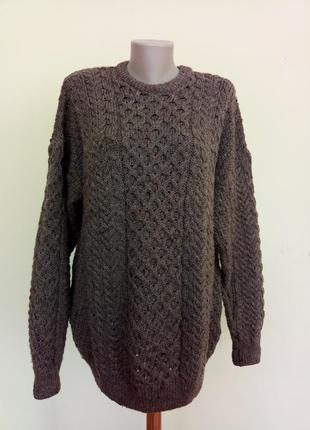 Теплый качественный свитер шерсть