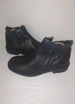 Бомбезні шкіряні черевички i.n.k.shoss