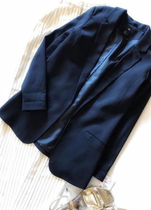 Очень красивый пиджак без пуговиц от h&m