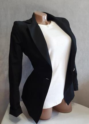 Стильний чорний піджак жакет на один гудзик/черный блейзер