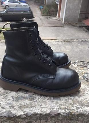 Крутые винтажные ботинки