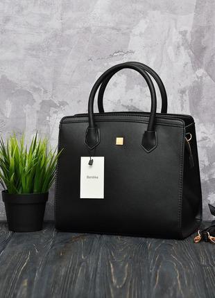 Стильная сумка bershka