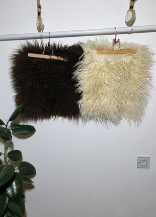Две декоративные наволочки мех ламы