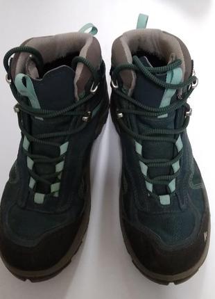 Треккинговые зимние ботинки quechua