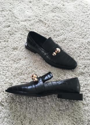 Стильні туфлі / лофери reserved