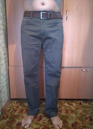 Лёгкие летние мужские джинсы пот-42,5 см