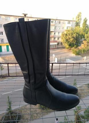 Шикарные кожаные демисезонные сапоги 25,5 см