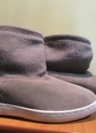 Ботинки adidas р.42.оригинал.сток.