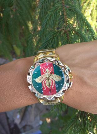 Новые стильные металлические часы, золотистые