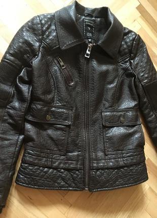Guess кожаная куртка косуха