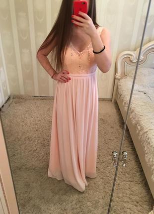 Пудровое платье в пол выпускное с камушками s/m