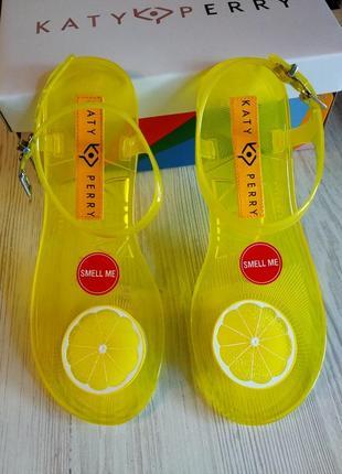 Силиконовые katy perry с запахом лимона