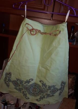 Красивая юбка натур ткань с плетен пояском