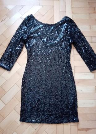Коктейльное вечернее платье в паетки