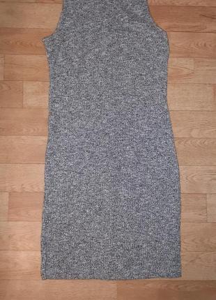 Вязанное платье карандаш