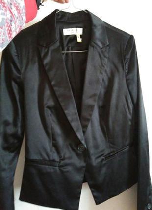 Атласный классный пиджак