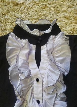 Блузка в стиле смокинга