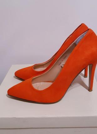 Продам стильні туфлі